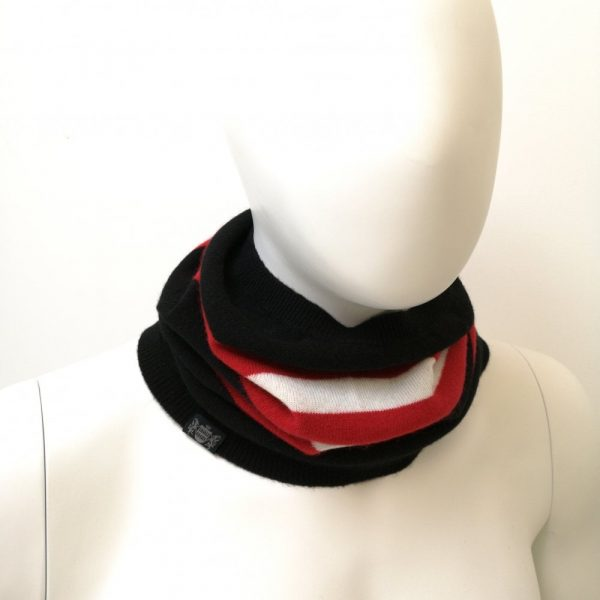 Savile Rogue Snood in Black Red & white