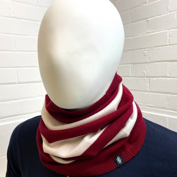 Savile Rogue Cashmere Snood in Claret and White